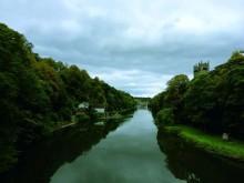 杜伦:英格兰小镇的诗与生命
