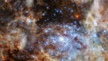 旅行者二号探测器揭秘更多星际空间细节